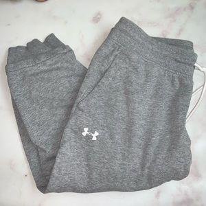 Under Armour Capri Sweatpants Size L